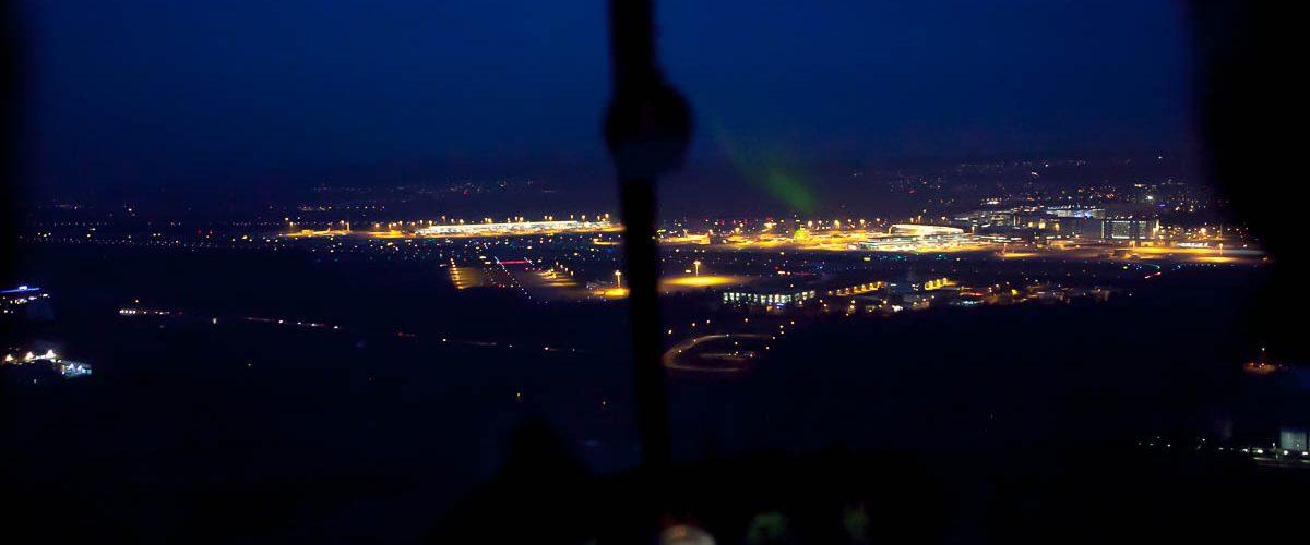 Robinson R44 Night Flight 1